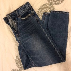American Eagle Mom Jeans, size 4
